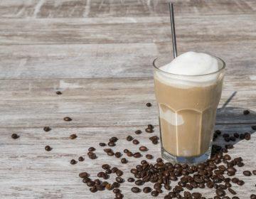 כוס של אייס קפה