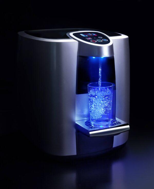 בר מים של פאוזה מבט צד עם תאורה כחולה 1